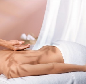 SPA_VISUAL_BODY_MASSAGE_WOMAN_LD